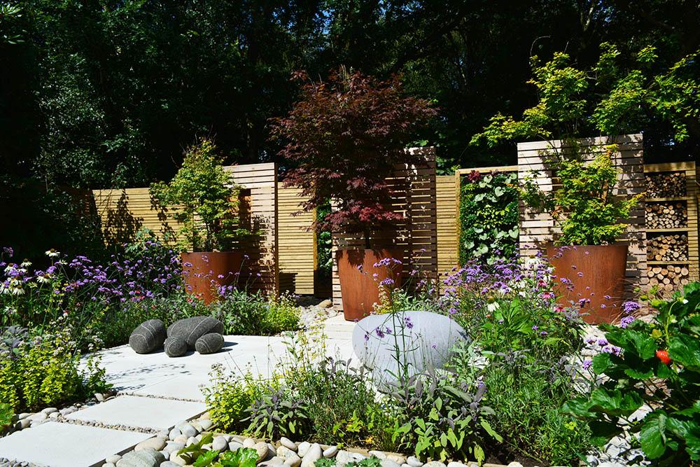 Domestic Garden Construction