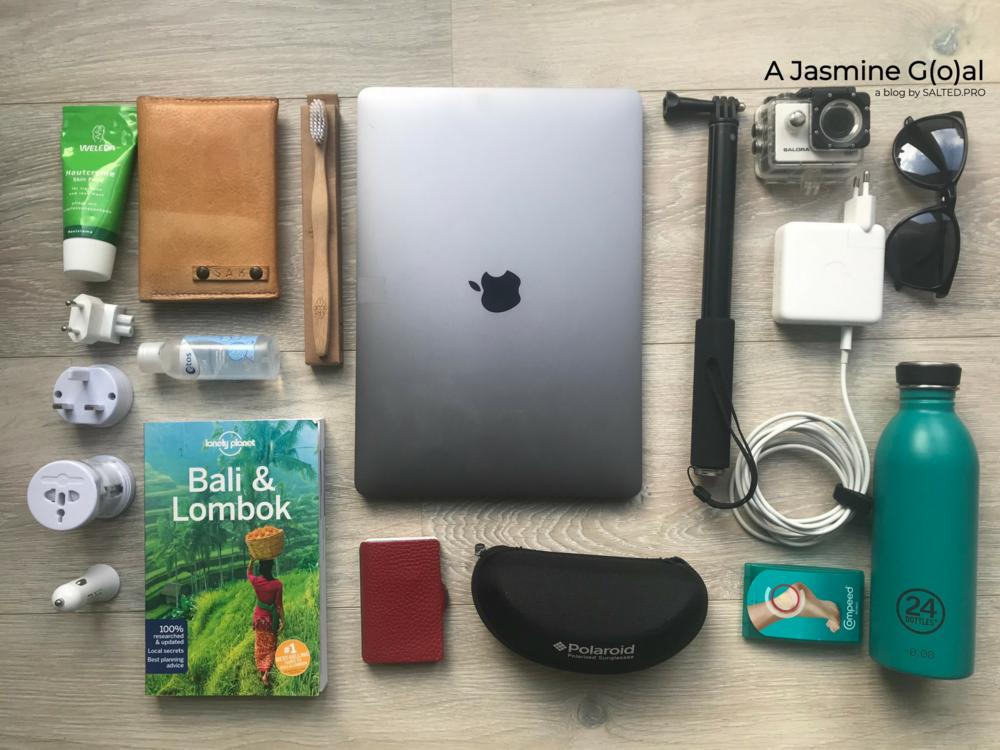 Packing List Travel AjasmineGoal.jpg