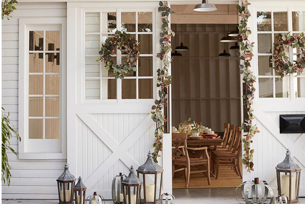 Decorating-Fall-Porch.jpg