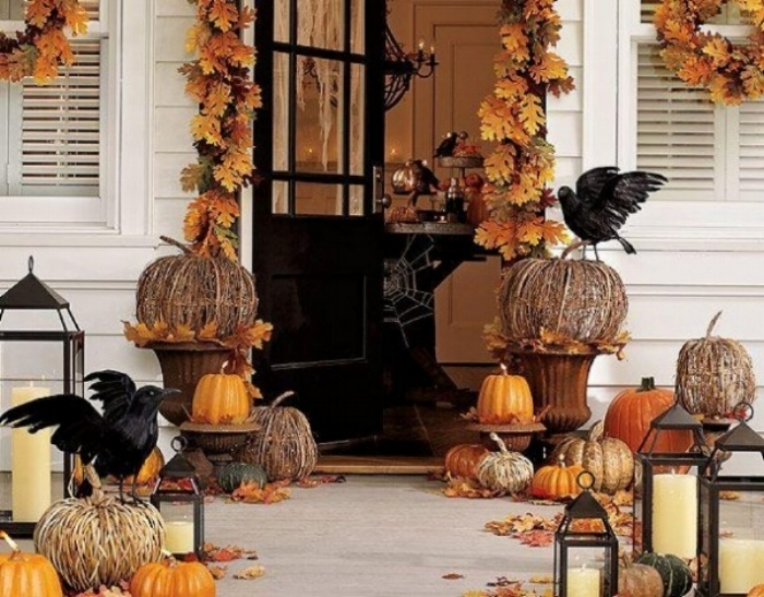 Decor-for-Halloween-1-e1351200081849.jpg
