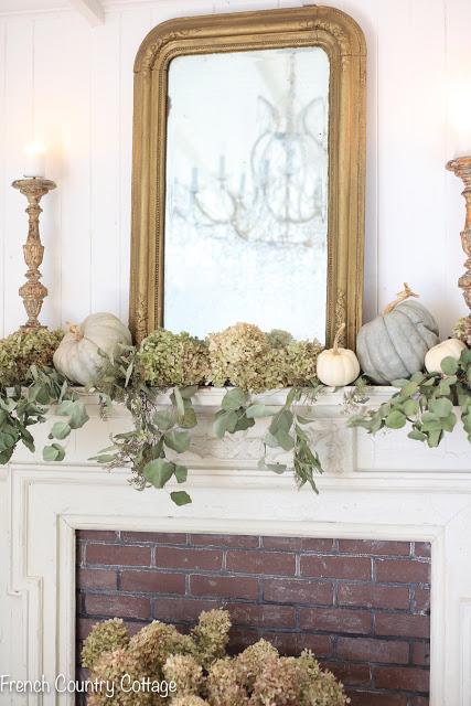 autumn pumpkin hydrangea mantel-9.jpg