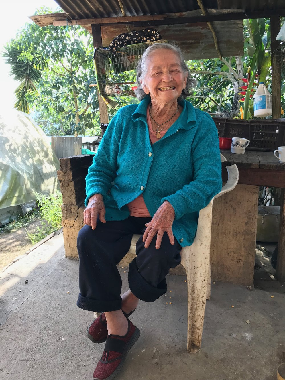 The late Dioselina on her farm, August 2018, aged 84. We are deeply saddened by the passing of this dedicated coffee producer.