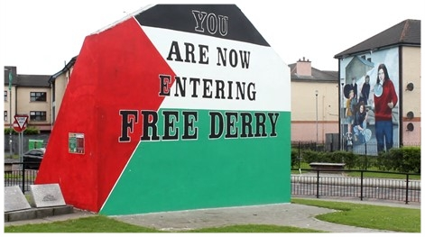 We appear to not be the only ones linking Northern Ireland and Israel-Palestine, eh? Free Derry wall, Derry-Londonderry... Photo credit: McCann, 2018