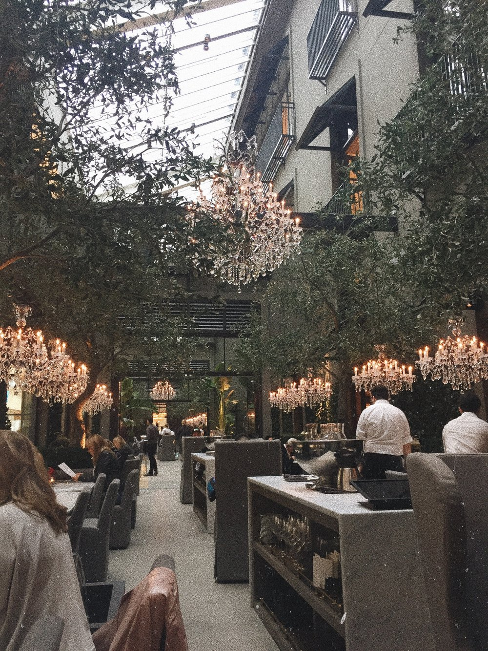 restoration hardware toronto yorkdale mall brunch lunch