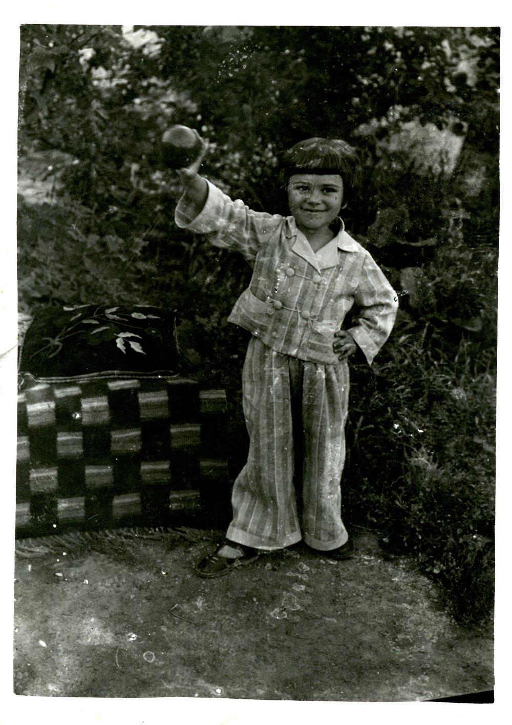 1938 - Khana in pajamas in Soroka