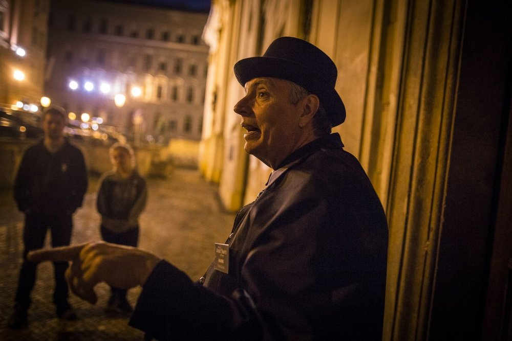 prague ghost tour off the grid