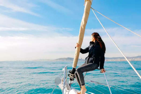 off the grid barcelona sailing