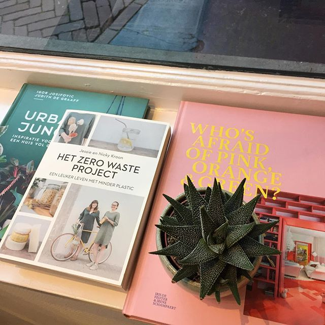 New books! •Urban jungle• Het zero waste project • Who's afraid of pink, orange & green? •