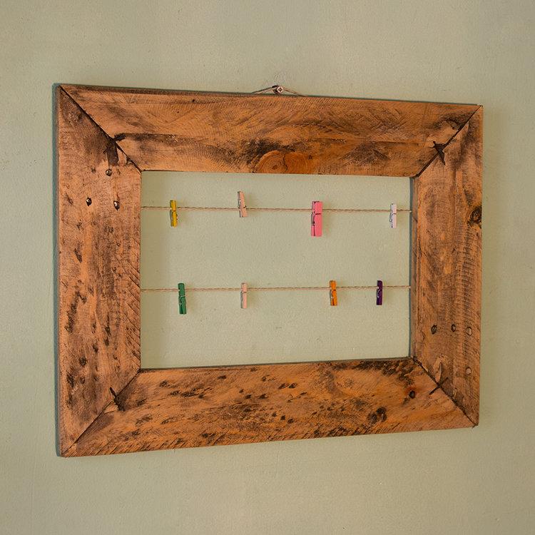 Marco madera reciclada con pinzas 44x34 cm — Rekup & Co