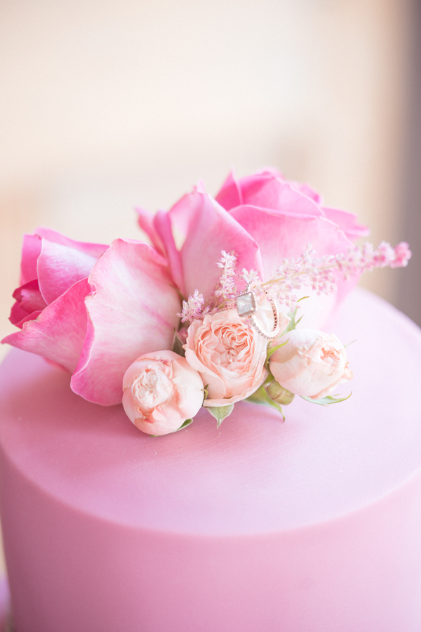 Luxury Wedding Cake, Pink Roses