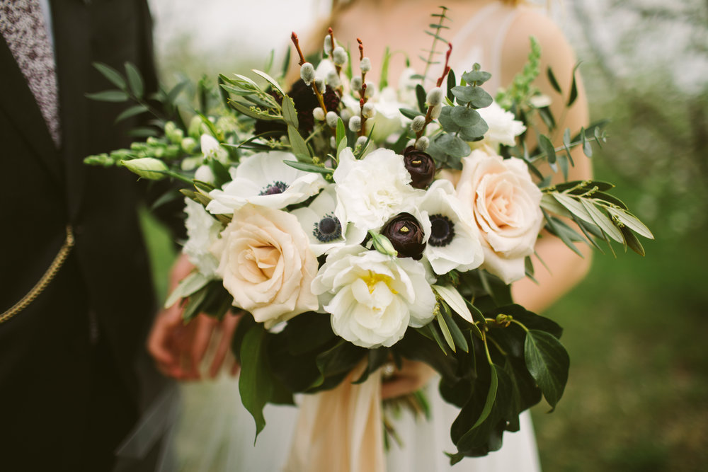 Kelsey + Matt | April Wedding, Weston Grey Timber Barn, Weston, Missouri