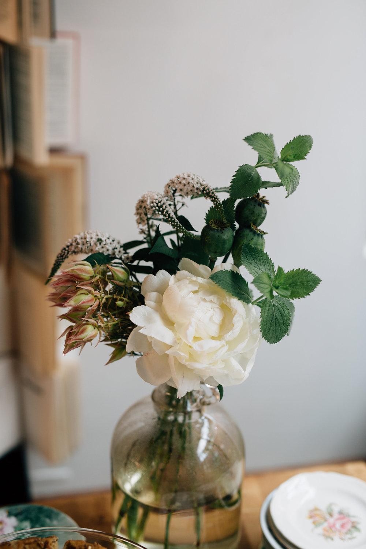Samantha + Connor | Yellow House Flowers, florist, Kansas City, floral design