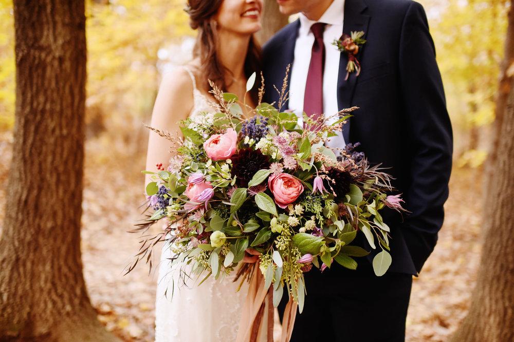 Laura + Sean | November Wedding, Weston Grey Timber Barn, Weston, Missouri