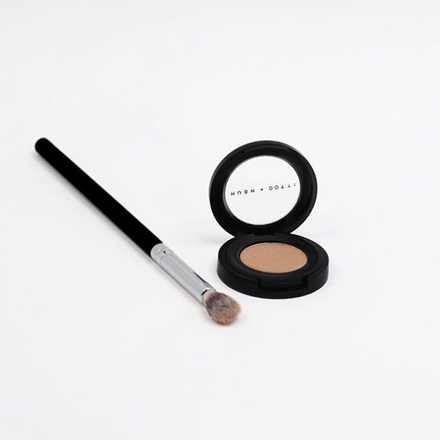 """A brand we LOVE and applaud. Most of us don't think about makeup in regard to trafficking but many of the """"dirty"""" ingredients in mainstream makeup are collected by trafficked people. This makeup is good for you, the planet and her people. Check out @hushanddotti or our shopping guide on our website where you can link through to their site. #ethicalfashion #makeup #greenmakeup #durgatree #onehumanfamily #consciousliving #consciousconsumer"""