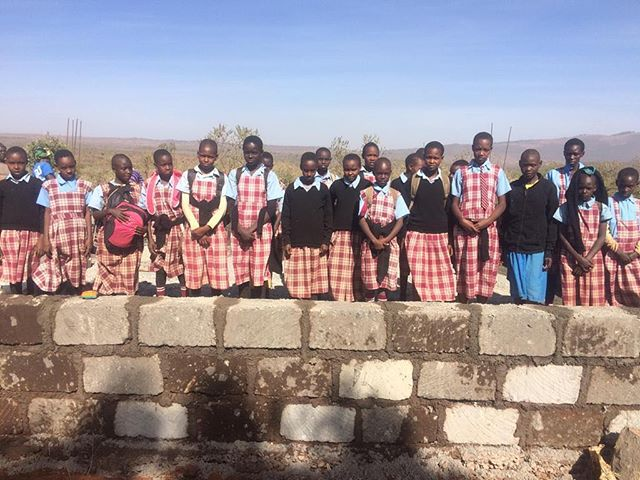 Third phase of building has begun. These angels will soon have a safe place to receive education and empowerment.  #bethechange #kenya #durgatree #empoweringwomen #education #activist #loveinaction
