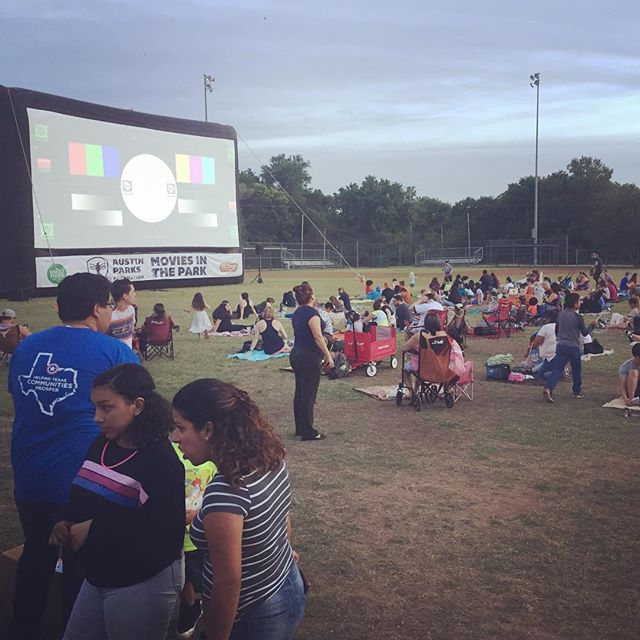 We had so much fun at @austinparksfdn Movie in the Park event at Dove Springs! We spoke with community members about their park access and health concerns.  #healthyparksplan #health #activeliving #playoutside