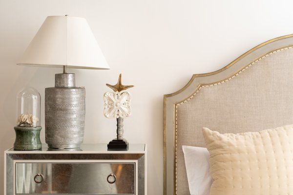 dallas-roberts-edesign-newlyweds-guide-to-designing-first-home-bedroom.jpg