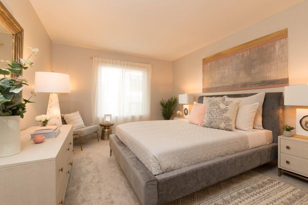 Sharon-Green_Menlo Park_Bright Master Bedroom_compressor.jpg