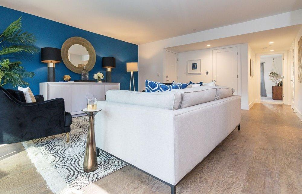 Sharon-Green-Menlo-Park_Model-A2_Living-room_V1-5.jpg