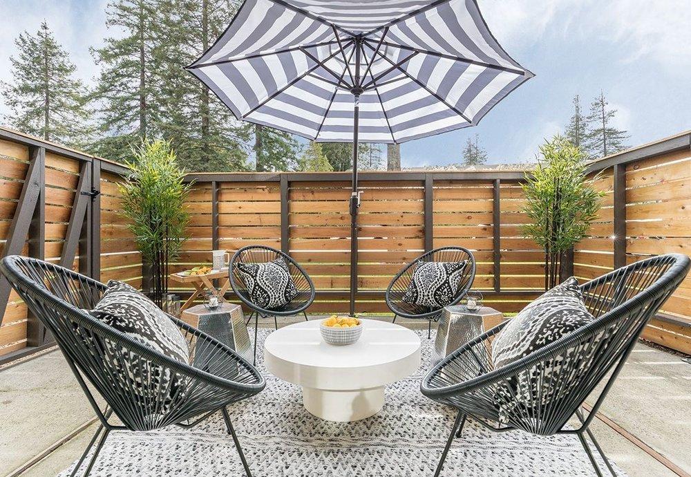 Sharon-Green-Menlo-Park_Model-A2_Huge-patio-outdoor-space-living_V1-25.jpg