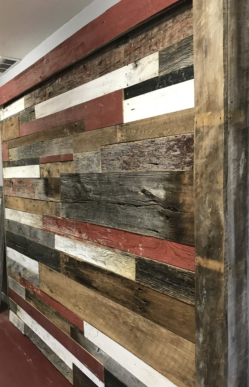 Coast to Coast Barnwood showroom used wood multi-color accent wall cover
