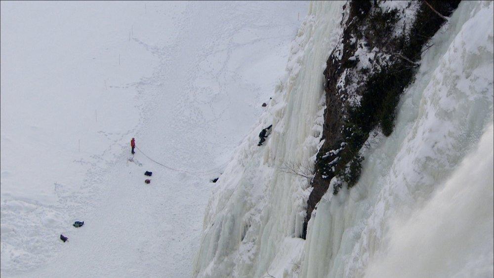 FFOTW_104_climbing on falls.jpg