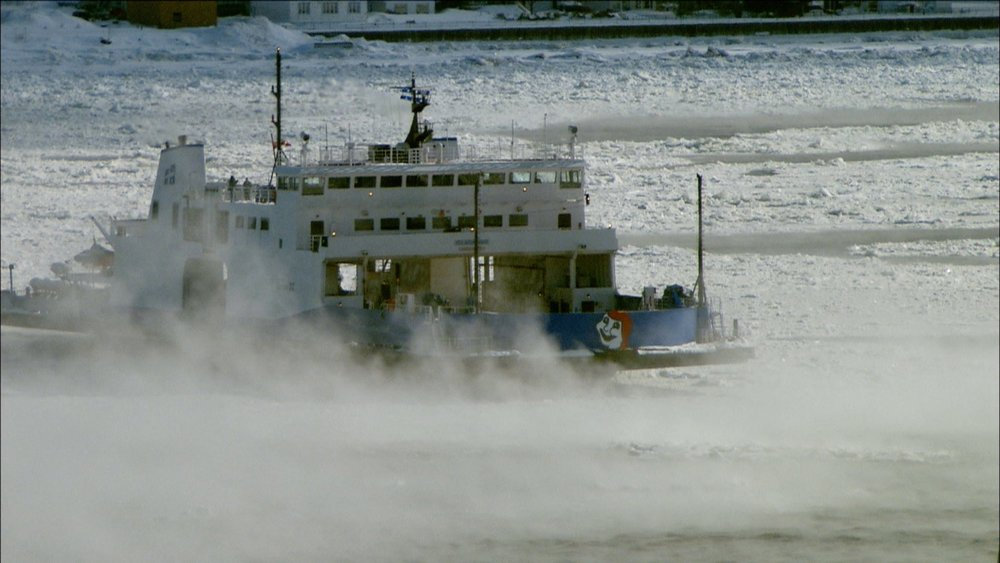FFOTW_104_ferry in river.jpg