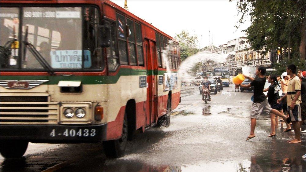 FFOTW_114_guy splashes bus.jpg
