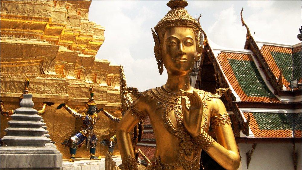 FFOTW_114_golden statue.jpg