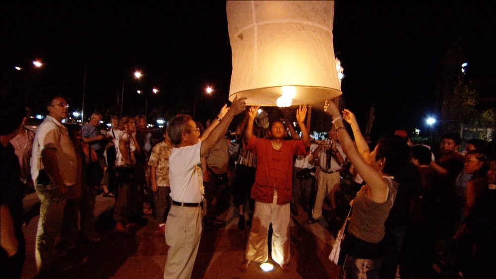 FFOTW_114_launching lantern.jpg