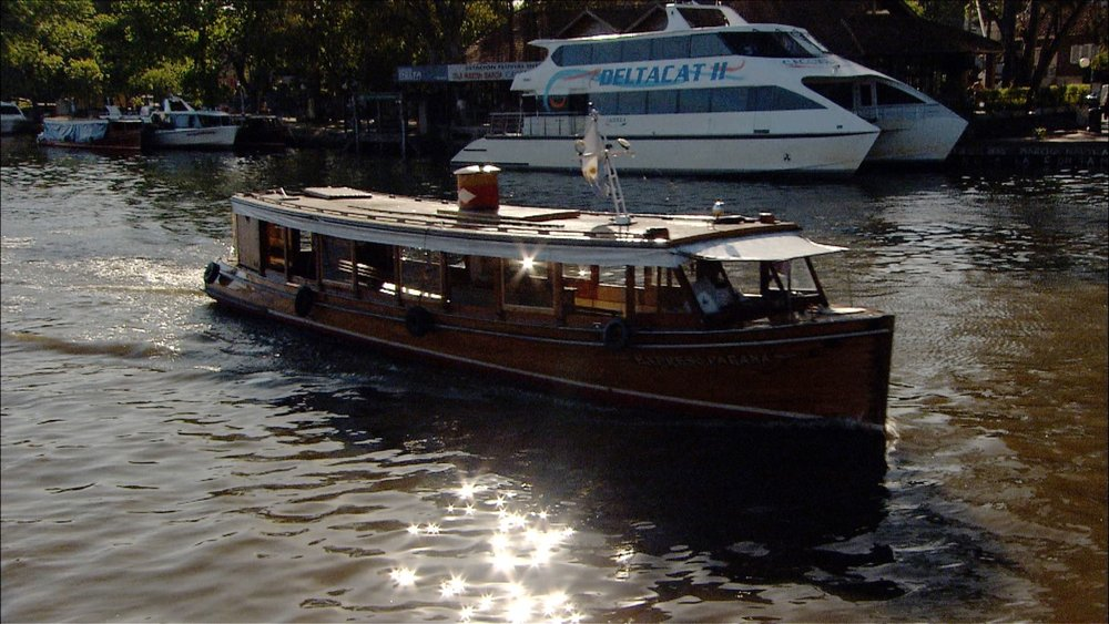 FFOTW_202_boat with twinkles.jpg