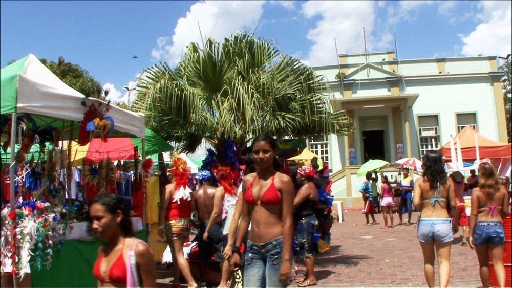 FFOTW_208_girl red bikini.jpg