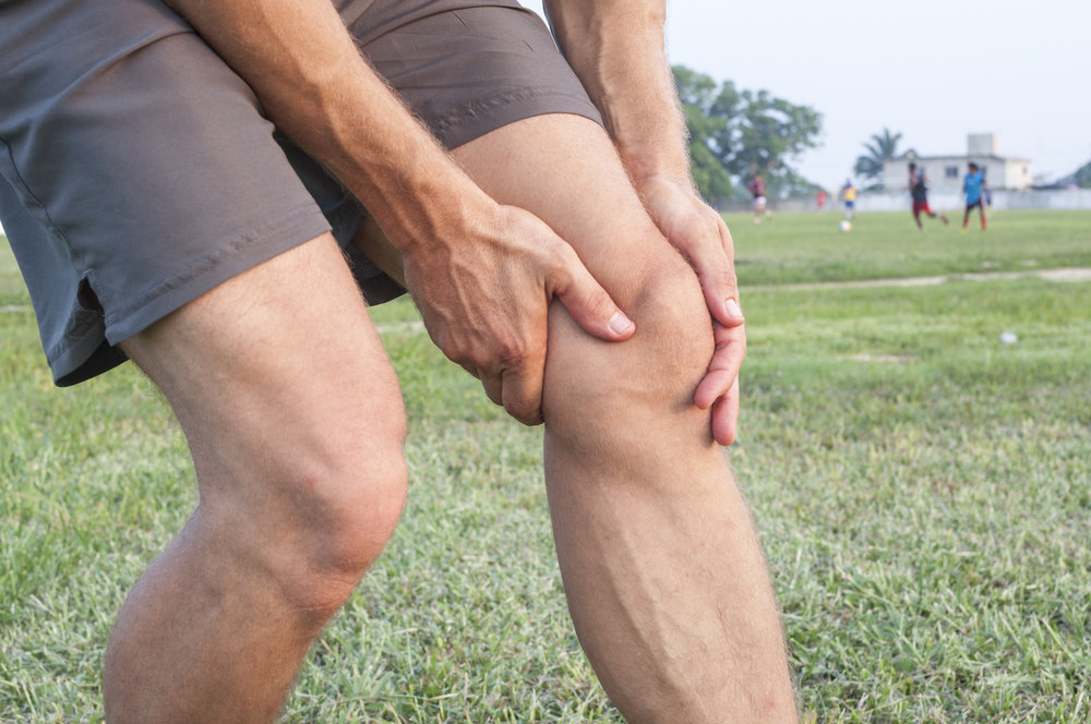 chronic knee pain lakewood co.jpeg