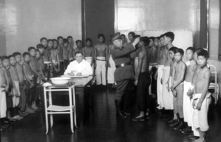 Medical Examination of young boys at Angel Island
