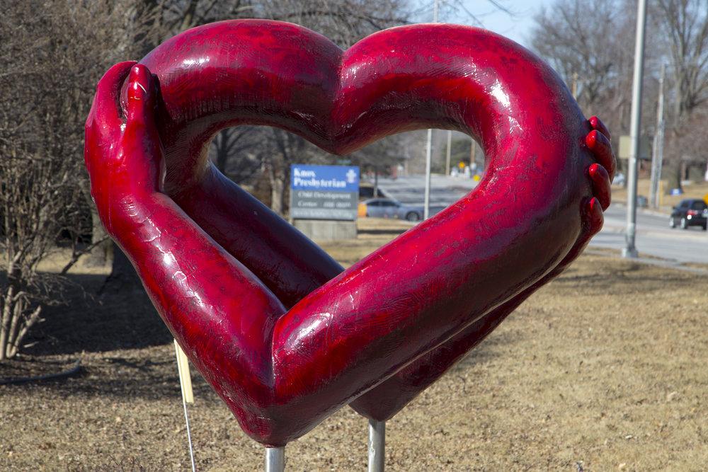 Heart-sculpture.jpg