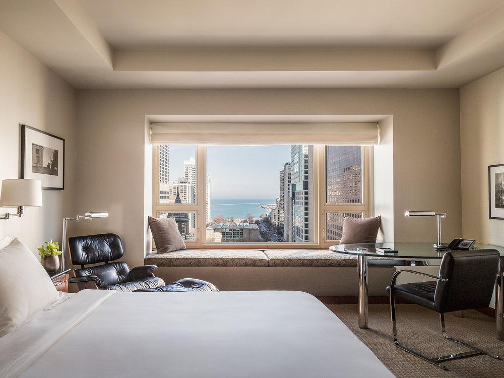Park-Hyatt-Chicago-P369-Lake-View-Room-King.4x3.jpg
