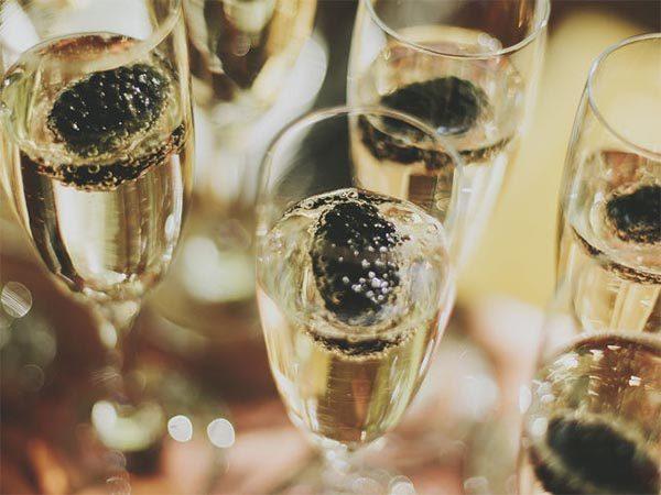champagne-_club_amsterdam-600x450.jpg