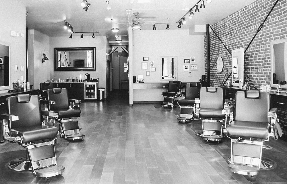 FRANKS GENTLEMENS SALON-2-2.jpg