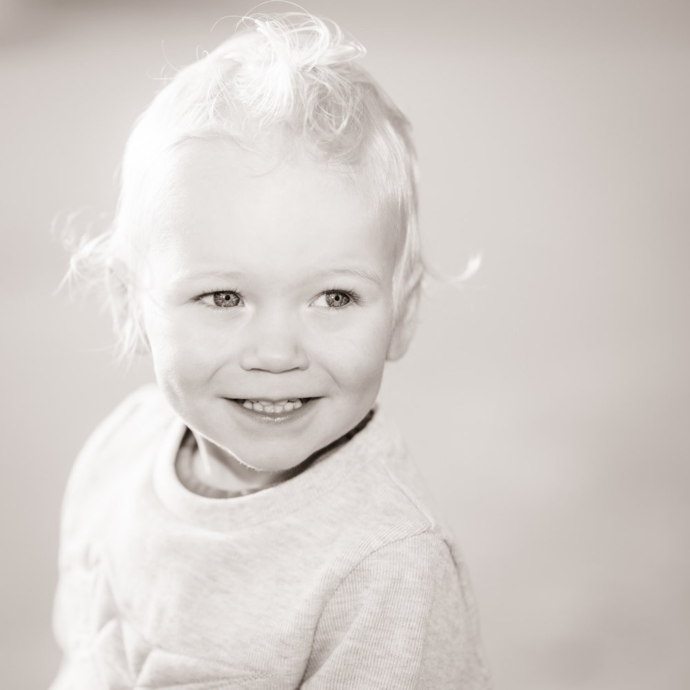 Baby & family photographer Newcastle Northumberland