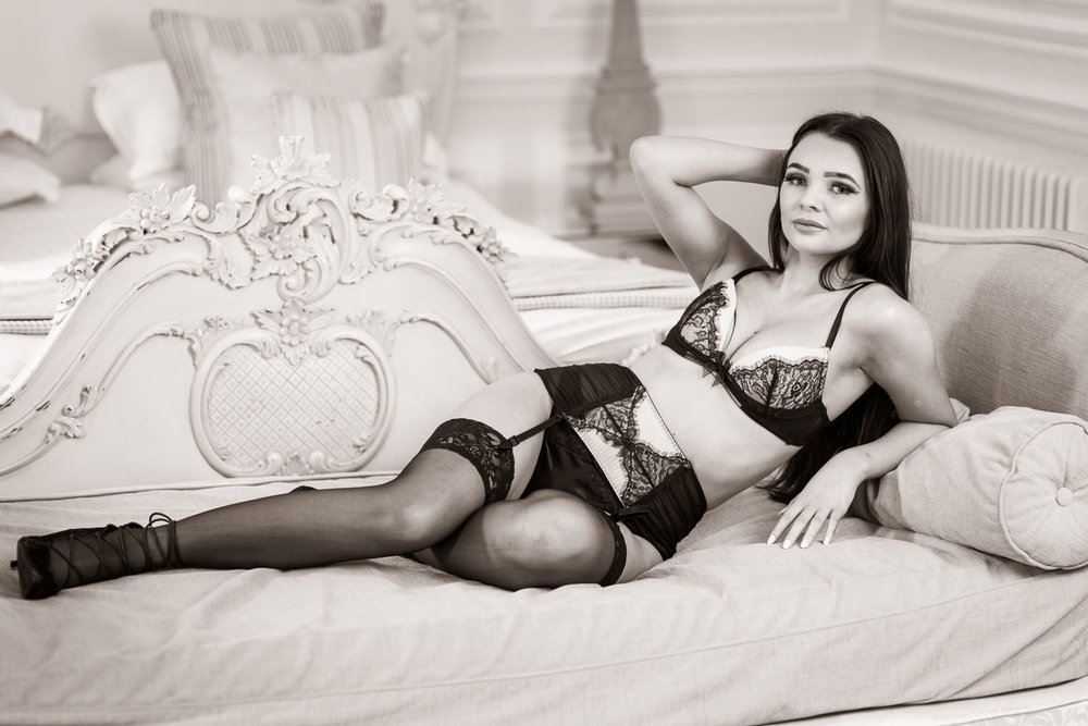 Newcastle boudoir photo shoot