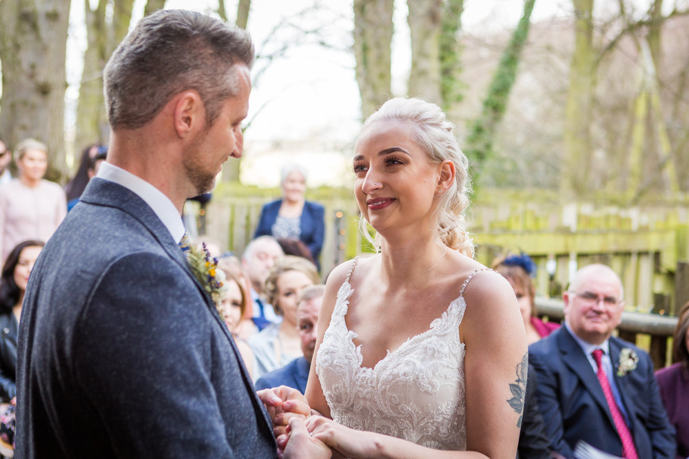 wedding photos alnwick treehouse