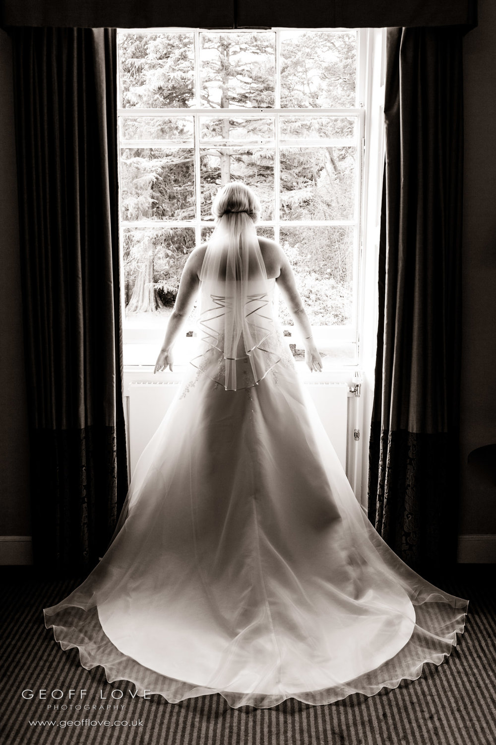 bridal dress photo linden hall