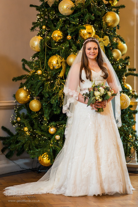 christmas wedding photographer