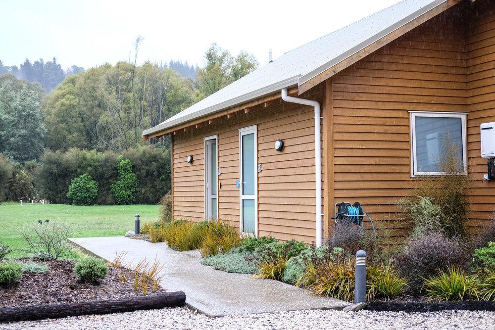 Abel Tasman Lodge in South Island, New Zealand. Photo by Viv Yapp for www.thesejourneys.com.#newzealand #abeltasman #family #travel #accommodation #hotel #lodge