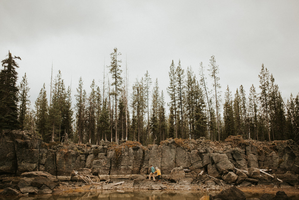 Sparks Lake Engagement Session in Beautiful Bend Oregon | Rosemary & Pine Photography