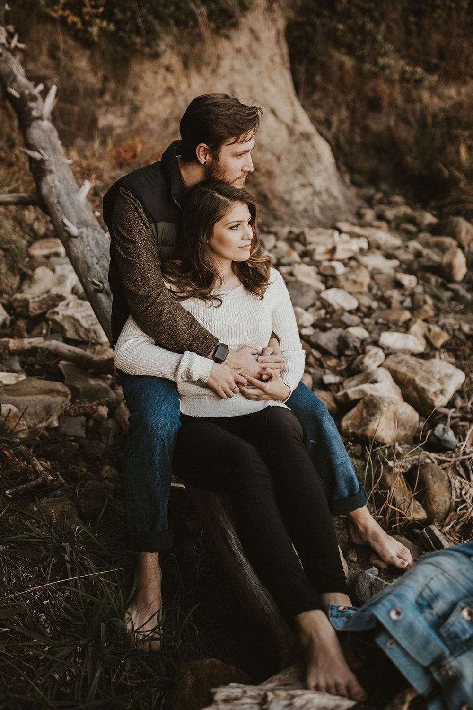 Adventurous Oregon Coast Couple's Session   Rosemary & Pine Photography