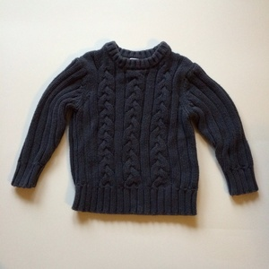 Boys Old Navy heavy cable knit sweater. Size: 2T. The Rookery Kids. $3.95.