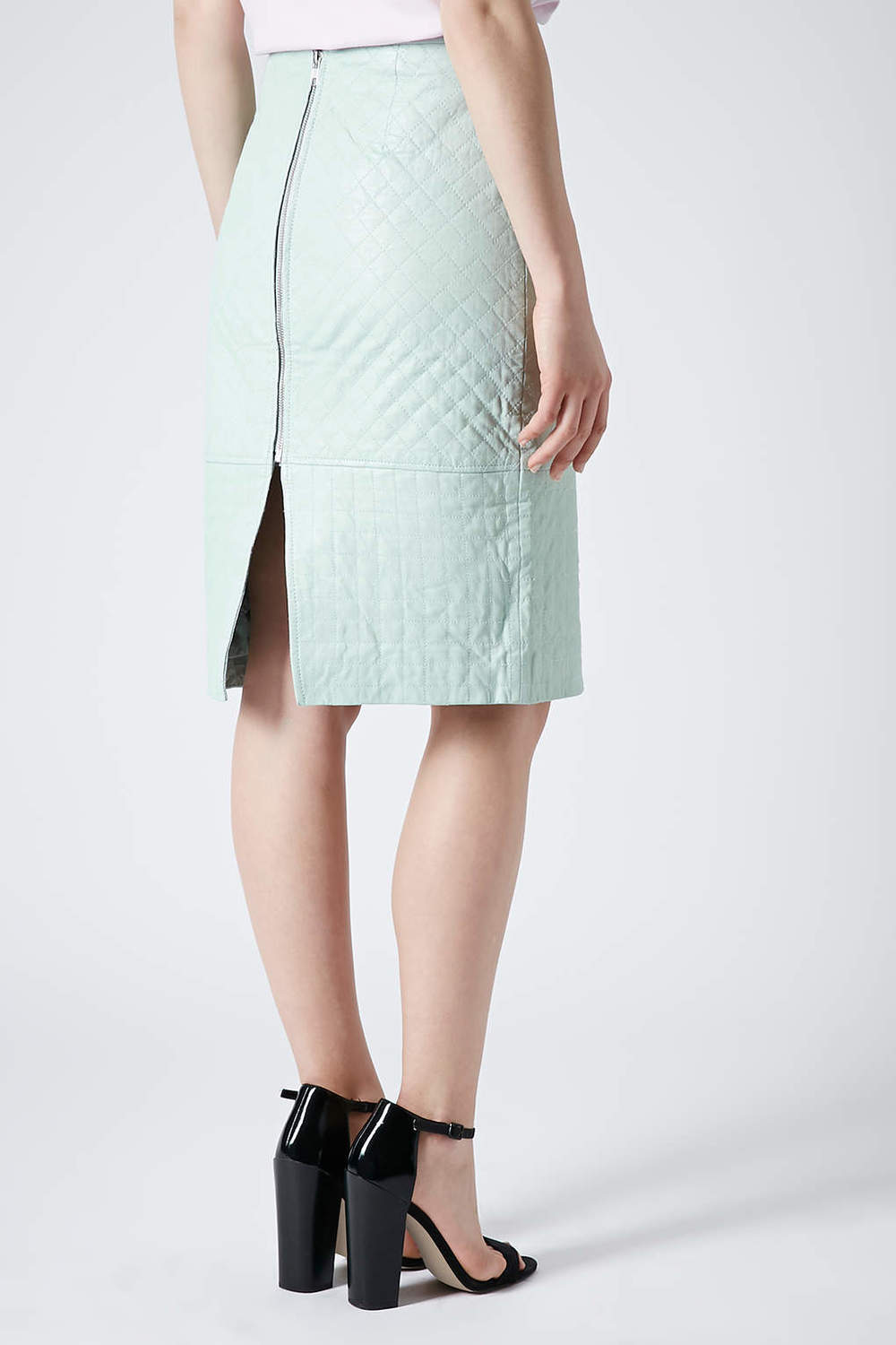 Quilt Leather pencil skirt. Topshop. $200.