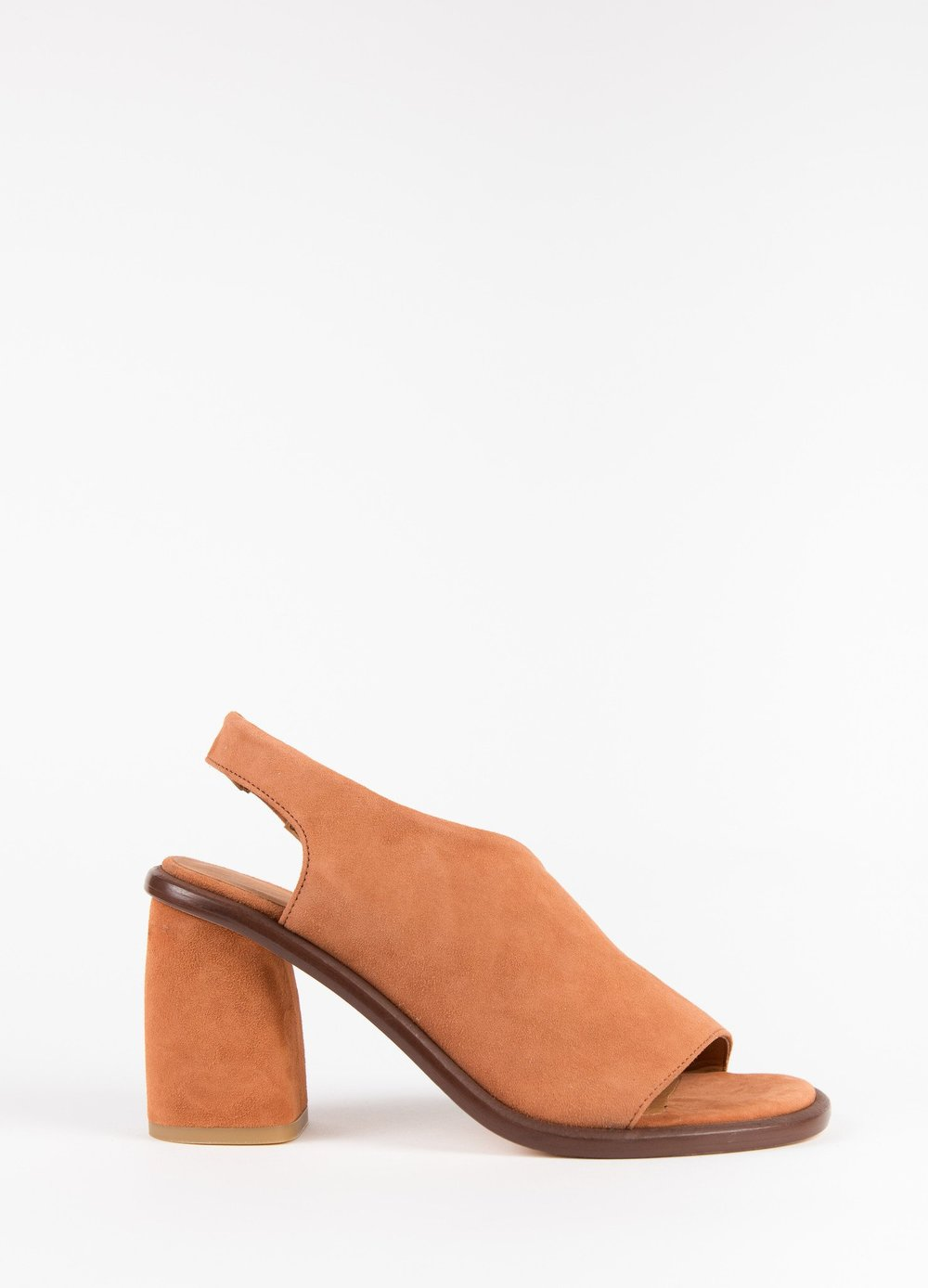 Miista Elizabeth. Clementines. Was: $280. Now: $140.
