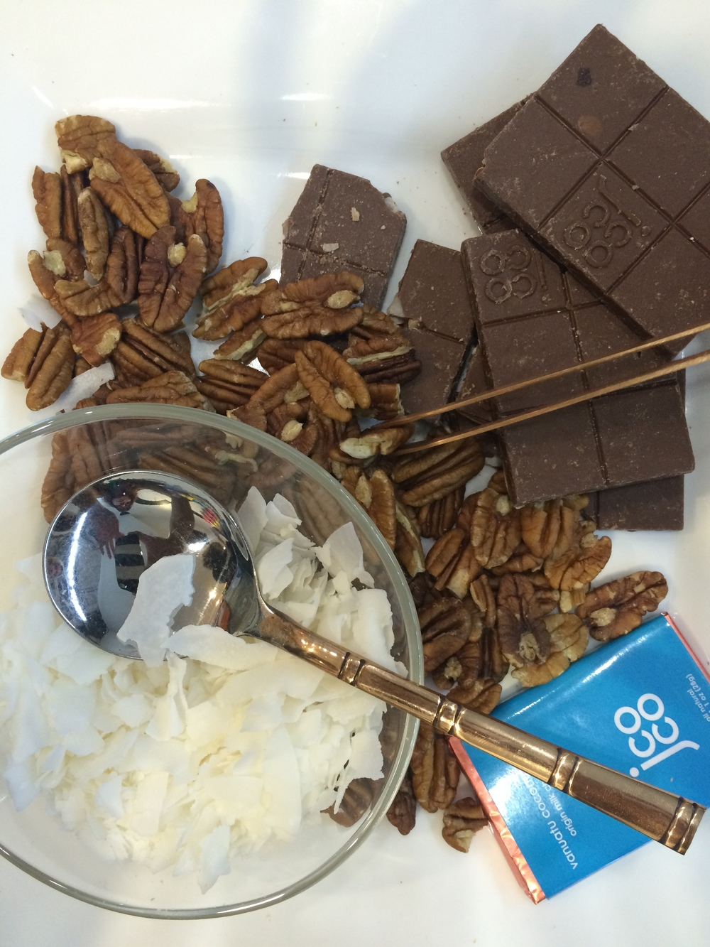 The Vanuatu bar deconstructed during our tasting.